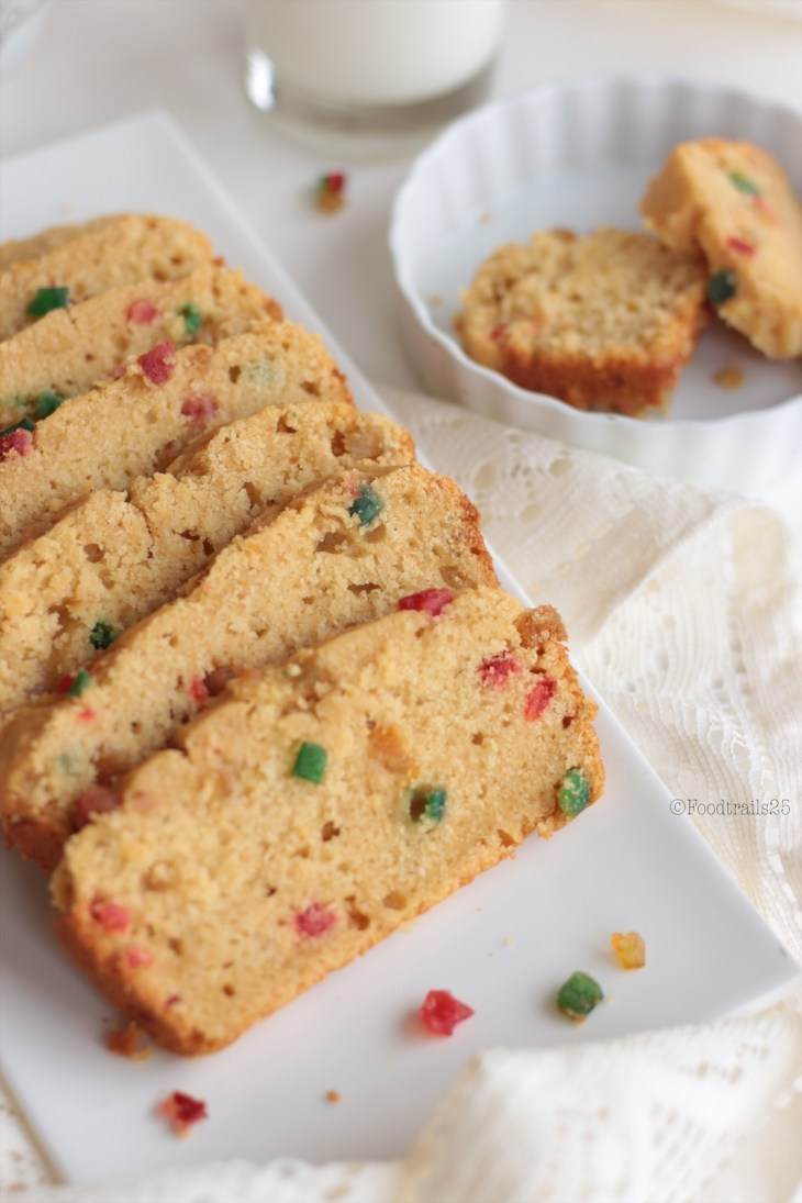 Eggless Tutti Fruitti Cake