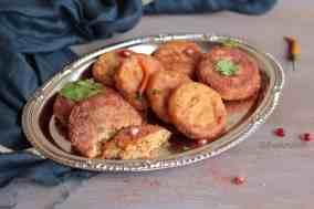 Moong Dal Stuffed Aloo Tikki
