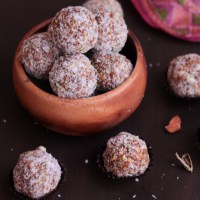 Apricot Fig and Nut Energy Bites