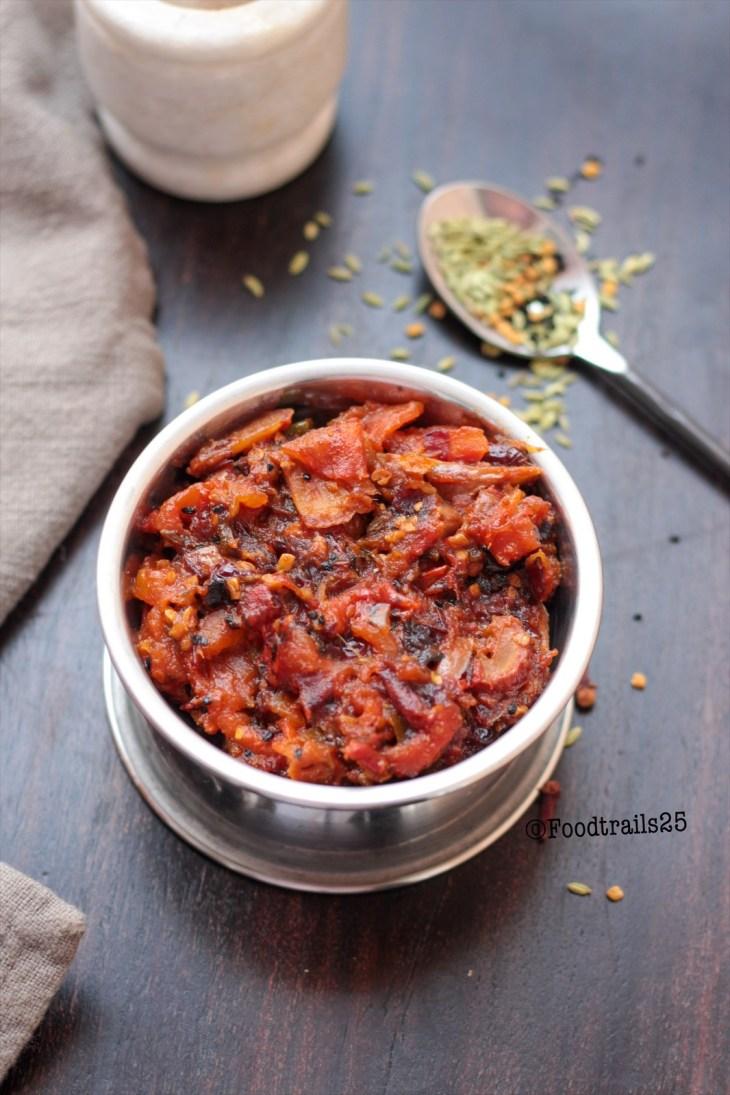 Tomato Dates Chutney