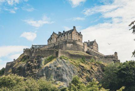 De vijf leukste steden in Schotland