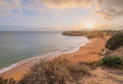 Hier vind je de mooiste stranden van de Algarve