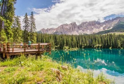 Lago di Carezza, misschien wel het mooiste meer in de Dolomieten