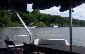 chobe-river-11-boats-etc-1