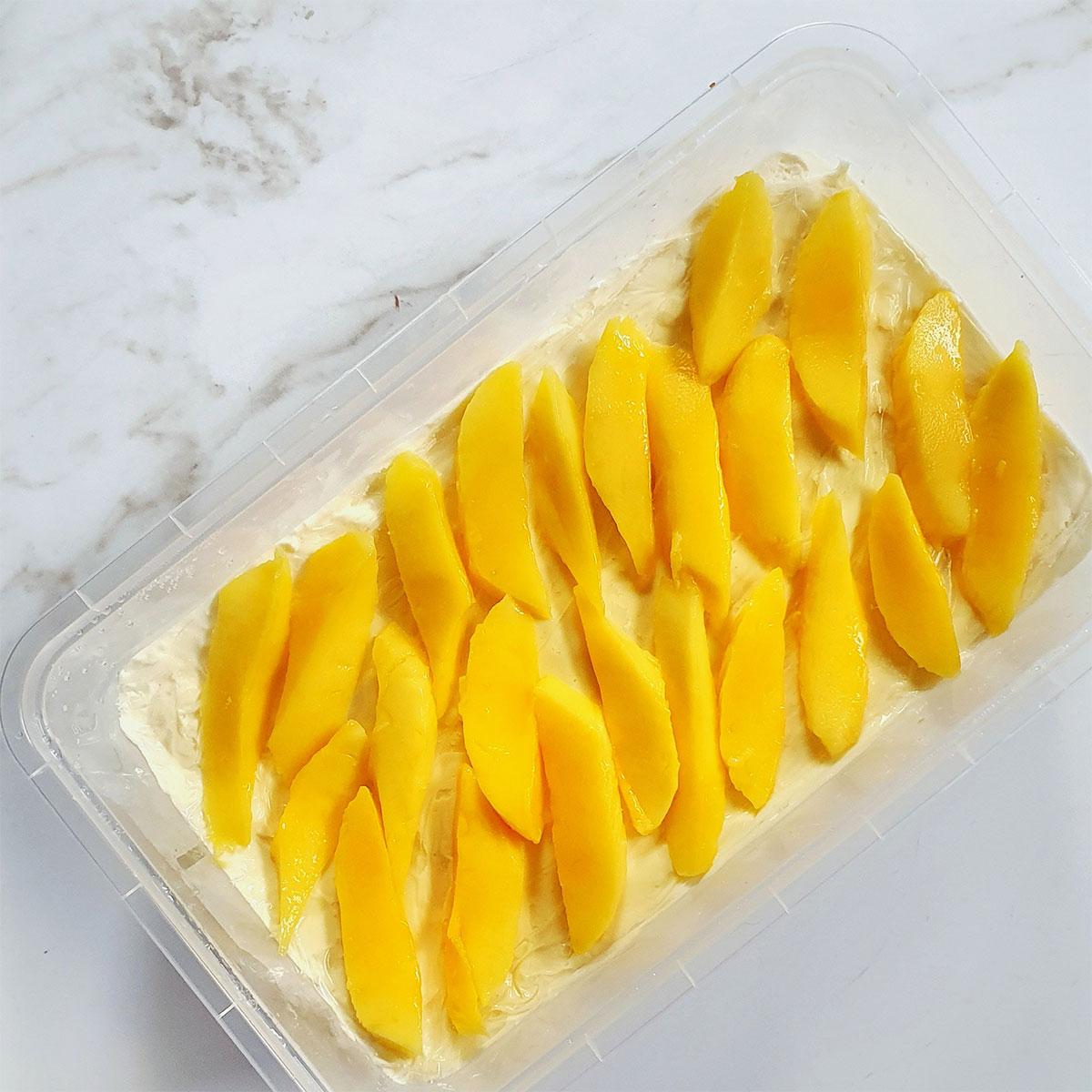 Mango graham