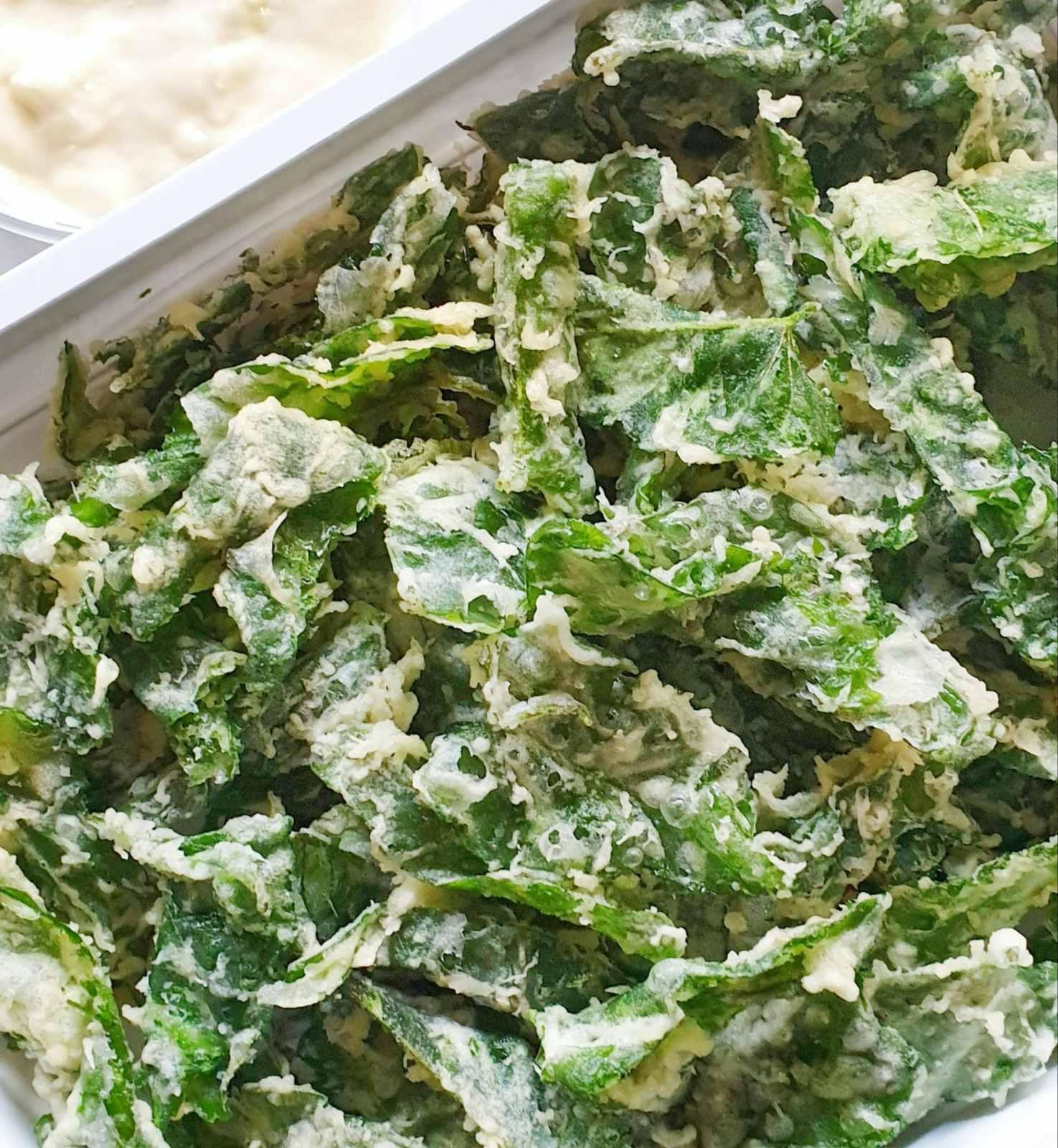 Crispy Kangkong w/ garlic mayo dip