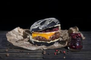 Черная мамба в Burger Heroes.
