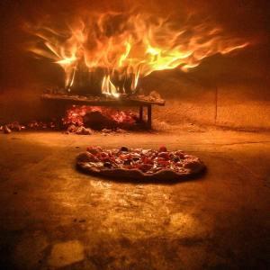 Пицца в огне naprizzepe