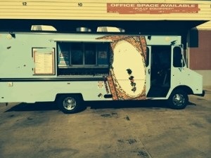 full kitchen food truck 83