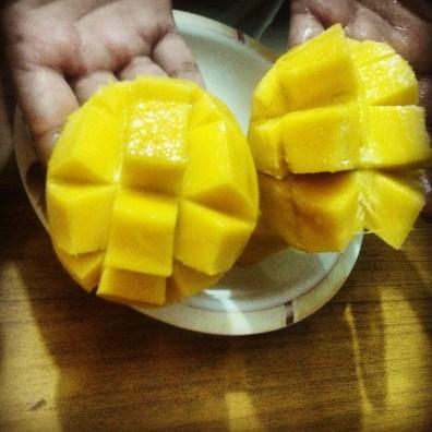 Mango cut
