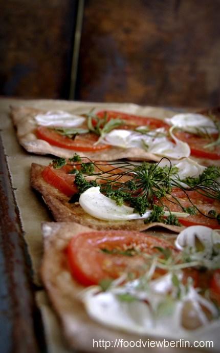 Summer tarte flambée