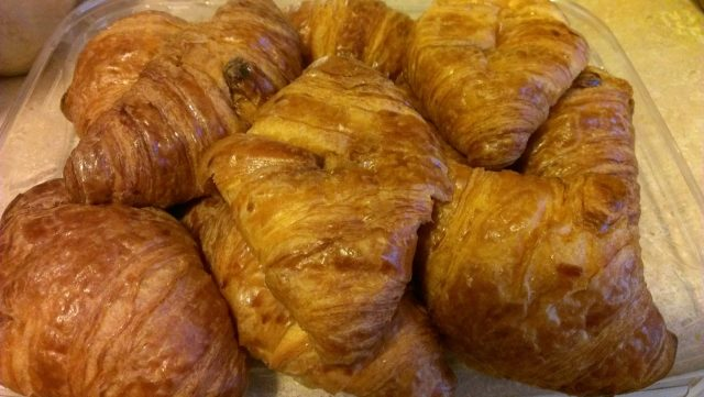 F & E's butter croissants are yummy and only 100 calories each!