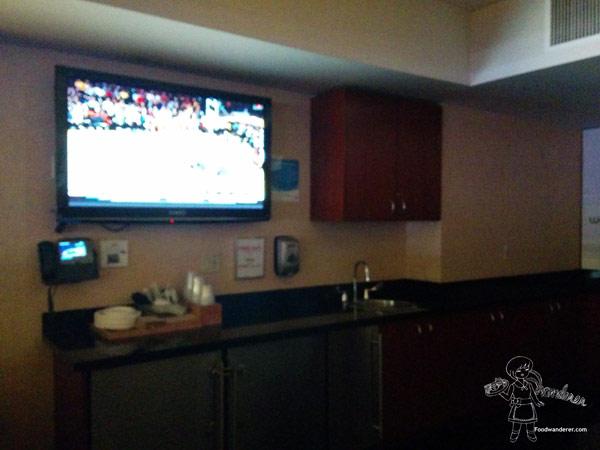 Staples Center Room