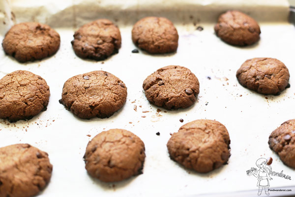 PELEOFUL Chocolate Chip Cookies