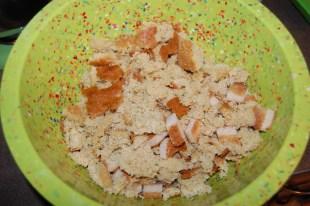 Crumbeled cornbread