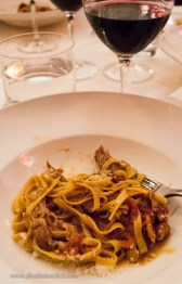 "Julie's favorite - Tajarin (pasta) with duck, paired with Barbera d'Alba ""Armujan"""