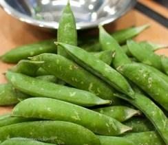 1 lb. of pea pods