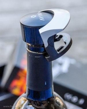 Avina Wine Tools locking bottle stopper
