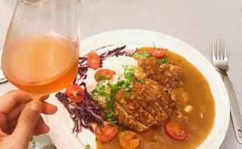 Oven baked crispy breadcrumb pork with curry rice