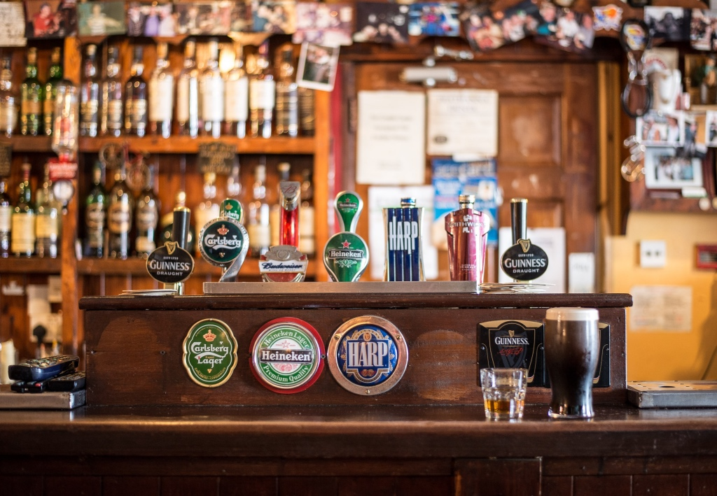 Bar and taps in an irish pub | Culinary adventures in Dublin on foodwithaview.com | photo by Christian Birkholz