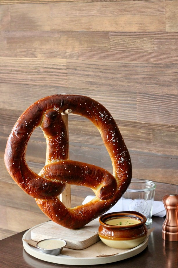 Giant pretzel with cheese fondue   The Hills Tavern in Millburn NJ   foodwithaview.com