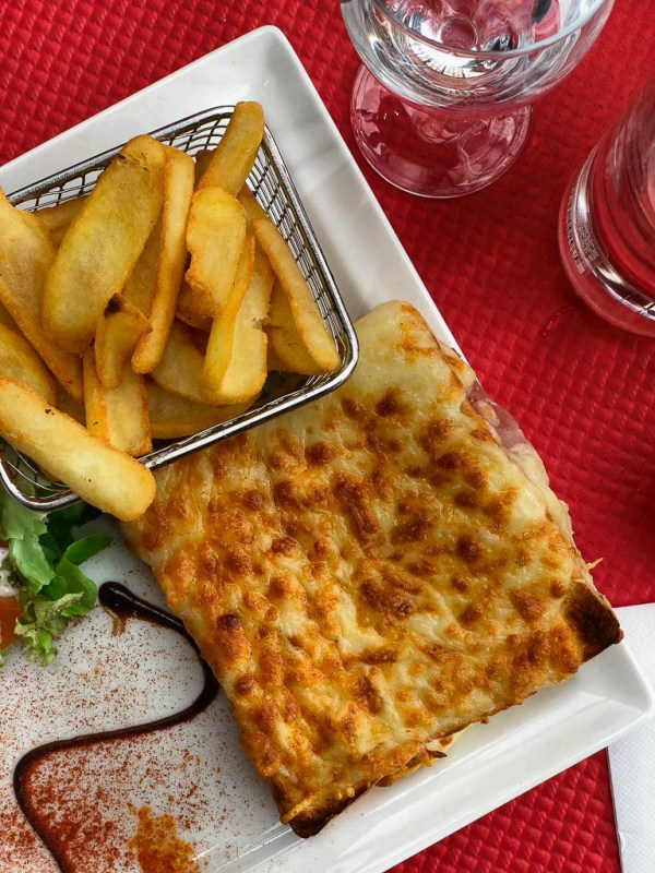 What to eat on a trip to Paris | Croque monsieur at a Paris sidewalk cafe | Restaurants, cafes, food markets and more | Culinary adventures in Paris on foodwithaview.com