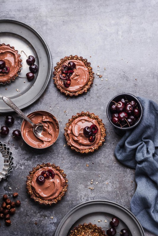 Chocolate tarts for a french restaurant date night | best NJ restaurants for date night | foodwithaview.com