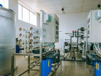 Installation of industrial membrane devices water treatment based on reverse osmosis system