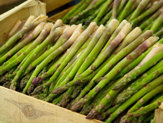 Asparagus harvest, asparagus tart