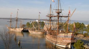 Jamestown settlement ships