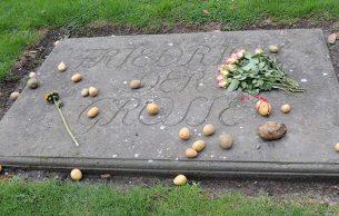 Frederick's grave