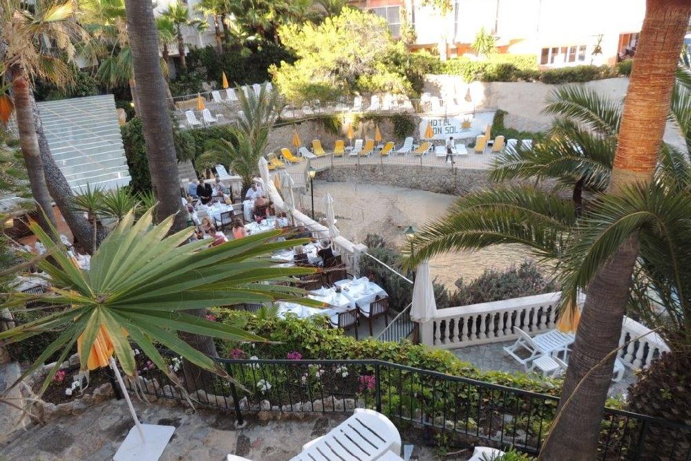 Terraced gardens - Hotel Bon Sol