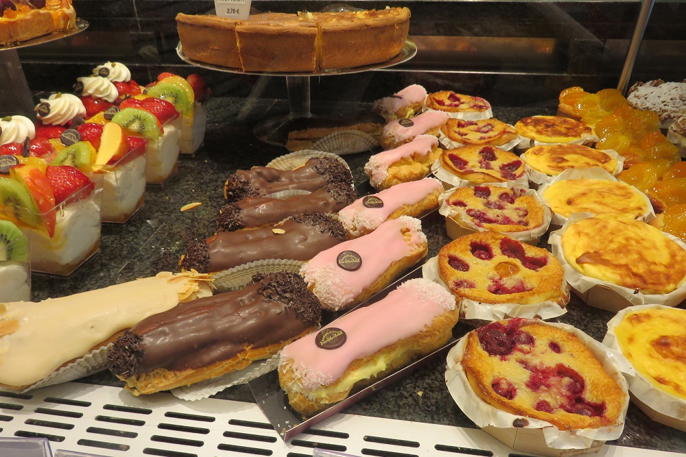 Mechelen Cakes chocs and cheese shop sub para 1a