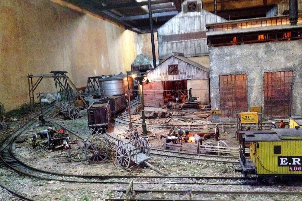 IMG 3682 HavanaMuseo del Ron model sugar plantation and train. See also 7431