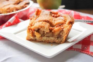 Crunchy Walnut Apple Pie
