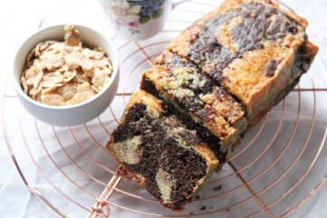 Chocolate Vanilla Loaf Spong Cake