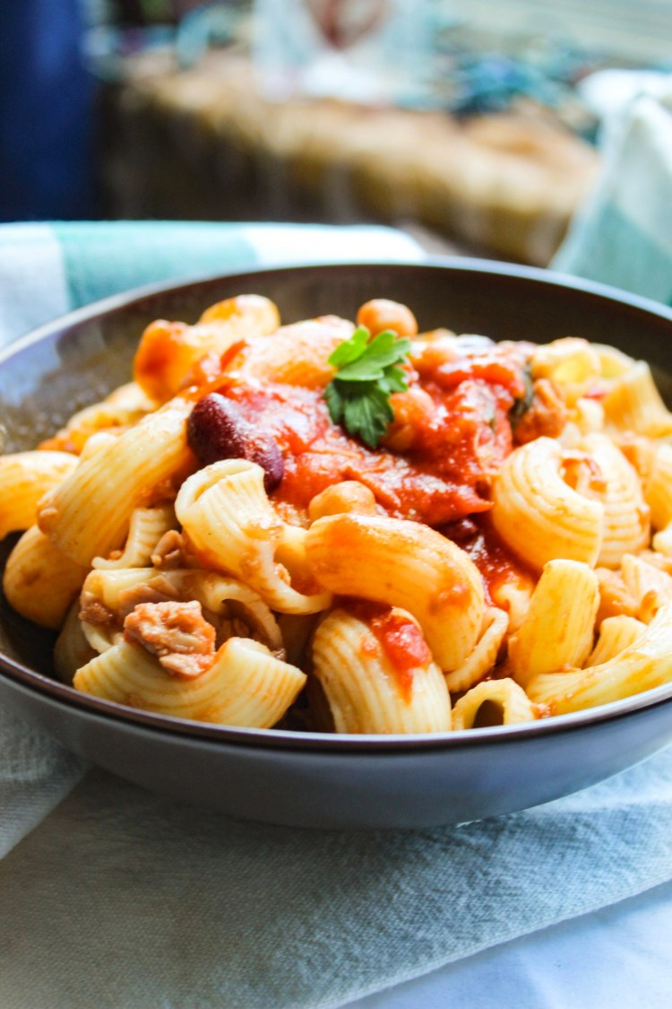 Mini Pipe Pasta with Chickpea, Kidney Beans Tomato Sauce