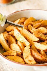 sliced potatoes, olive oil