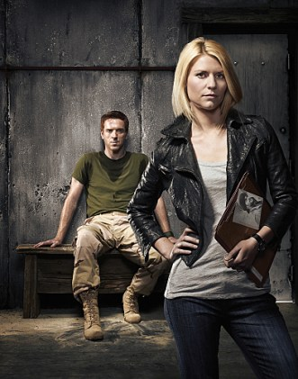 Damien Lewis as Scott Brody and Claire Danes as Carrie Anderson in Homeland (keyart) - Photo: Courtesy of SHOWTIME - Photo ID: homeland_gal_PR02_RaidCamera