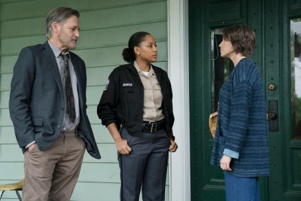 "THE SINNER -- ""Part II"" Episode 202 -- Pictured: (l-r) Bill Pullman as Detective Lt. Harry Ambrose, Natalie Paul as Heather, Carrie Coon as Vera Walker -- (Photo by: Peter Kramer/USA Network)"