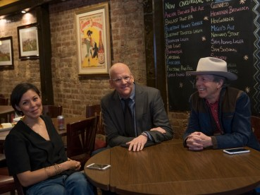 Alex Wagner, John Heilemann and Mark McKinnon from THE CIRCUS: INSIDE THE WILDEST POLITICAL SHOW ON EARTH. - Photo: Alison Cohen Rosa/SHOWTIME - Photo ID: THECIRCUS_roundtable_09.jpg