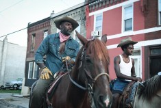 CONCRETE COWBOY - (L-R) Idris Elba as Harp and Caleb McLaughlin as Cole. Cr. Aaron Ricketts / NETFLIX © 2021