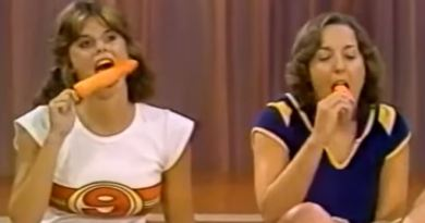 Two Girls Manage To Make It On TV With This Sexy Popsicle Sucking Routine On The Gong Show