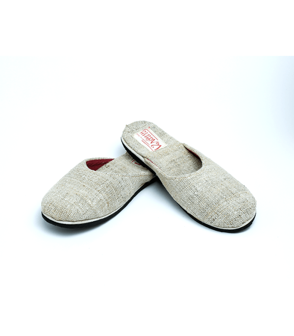 Shoes: Uhad Close (Aoulo - Natural Wild Grass of Nepal)