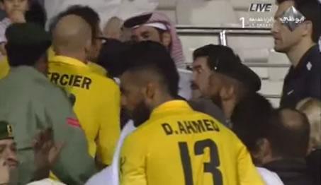 Diego Maradona remonstrates with Al Shabab fans