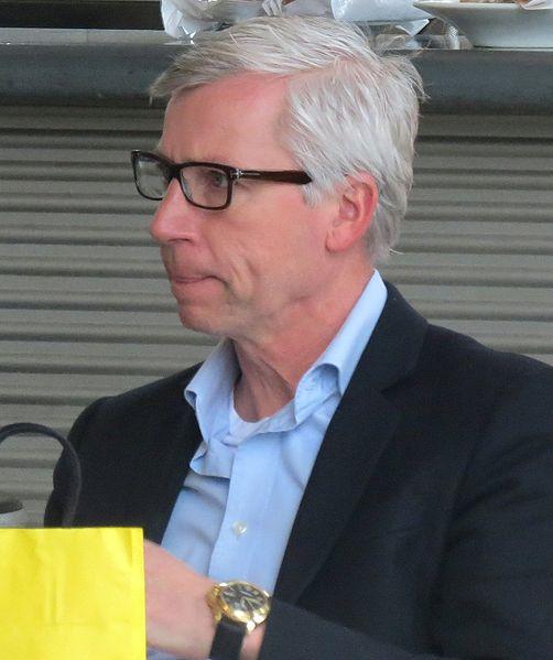 Magpies boss Alan Pardew