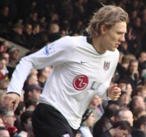 Jimmy Bullard playing for Fulham