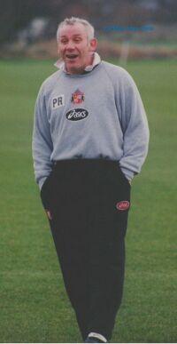 Peter Reid speaks Arabic, here he is as manager of Sunderland
