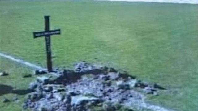 Fans dig Mačva Šabac grave on pitch as warning to players