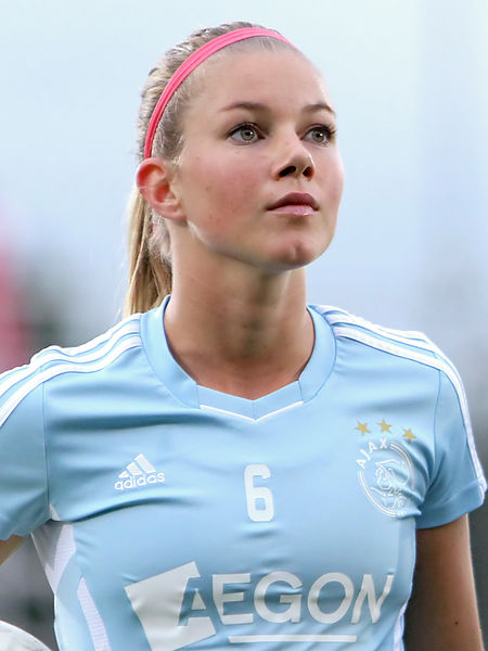 New Arsenal Ladies signing Anouk Hoogendijk